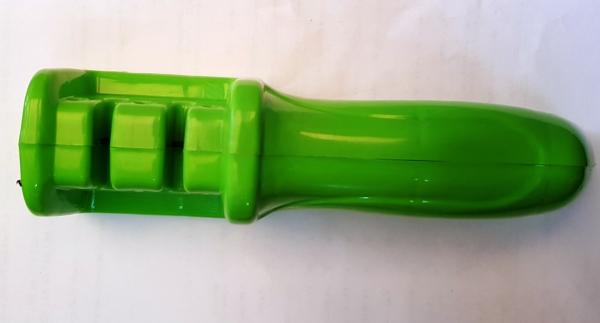 Точилка для ножей пластиковая большая 18 см.цвета ассорти